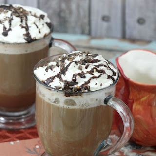 Mocha Cookie Crumble Cappuccino.