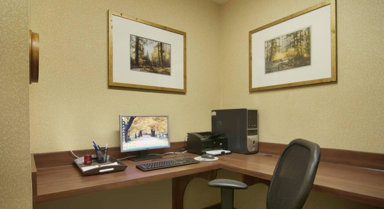 Best Western Plus - River Escape Inn and Suites