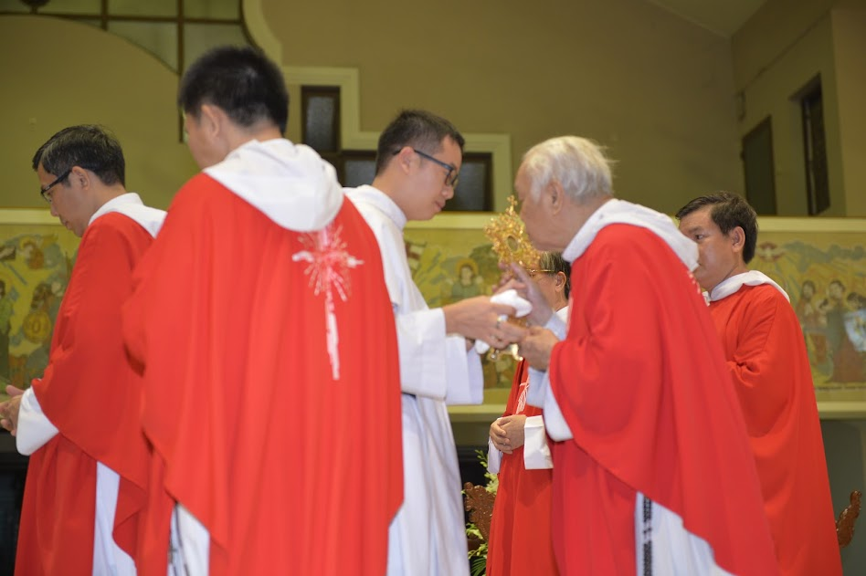 Thánh lễ mừng kính các thánh tử Đạo Hải Dương 2016