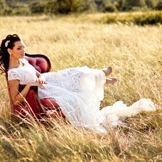 Wedding photographer Lyubov Lebedeva (Lebedeva8888). Photo of 04.09.2014