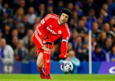 """José Mourinho: """" Aucune offre concrète pour Petr Cech """""""