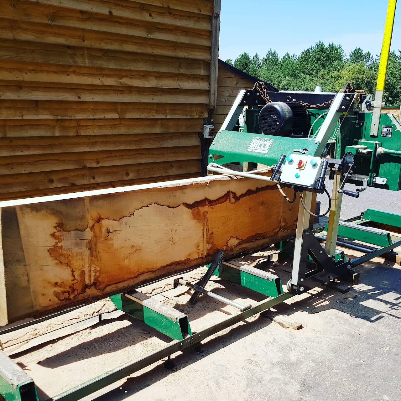 Oakfield Beams & Framing Ltd - Supplying oak beams and oak framing ...