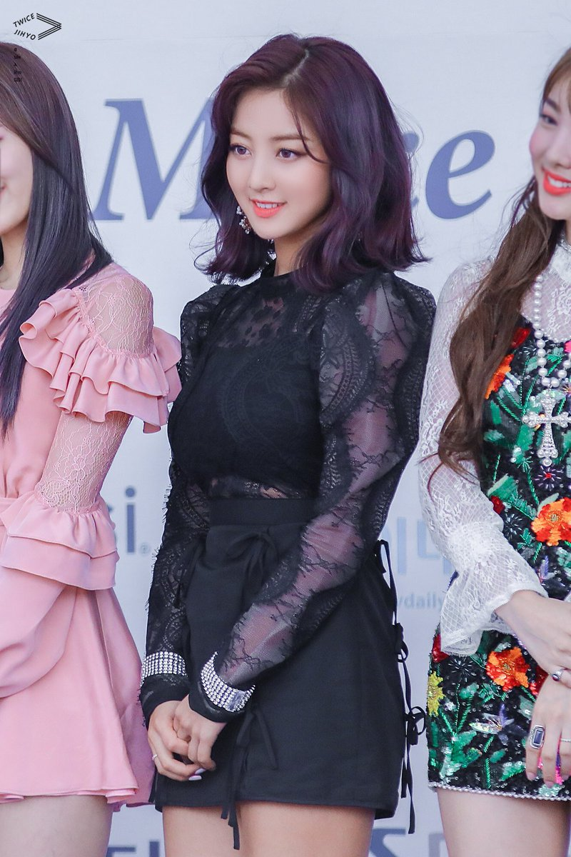 jihyo black 4