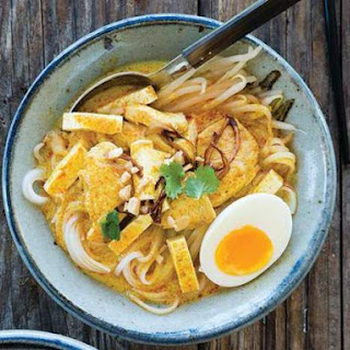 Curry Noodles With Chicken (Kuai-Tiao Kaeng Sai Kai) From 'Simple Thai Food'.