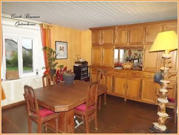 maison à Domvallier (88)