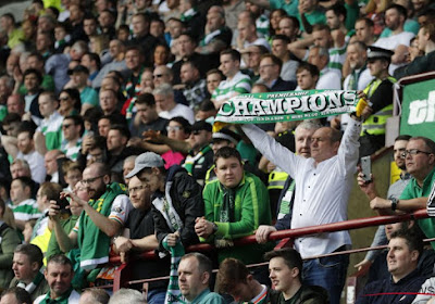 Mécontents de jouer un mardi à 15h30, les supporters du Celtic s'en prennent à l'UEFA avec un message clair