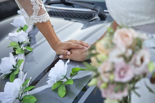 Labtec Prod | Vidéaste mariage | Déco voiture mariés