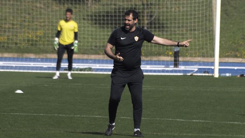 Jesús Muñoz en un entrenamiento en el Anexo.