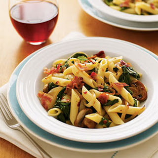 Penne with Bacon, Spinach and Mushrooms