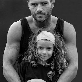 Like father like daughter... by Elias Spiliotis - People Family ( love, child, girl, black and white, parent, happiness, devotion, portrait, father )