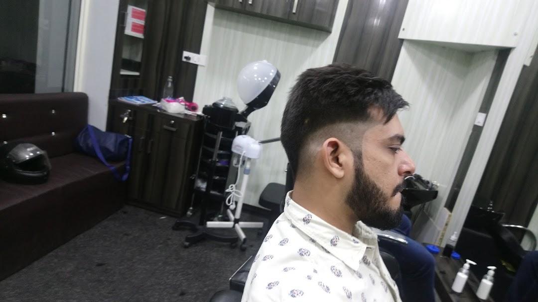 Bravo Salon Hsr Best Hair Salon For Men In Hsr Best Hair Salon For Hair Styling Grooming Color And Conditioning