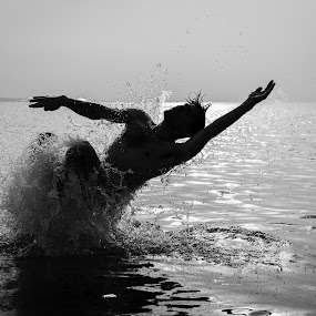 by Ivona Bezmalinovic - Sports & Fitness Swimming