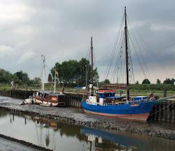 Photo: im Hafen von Nordenham