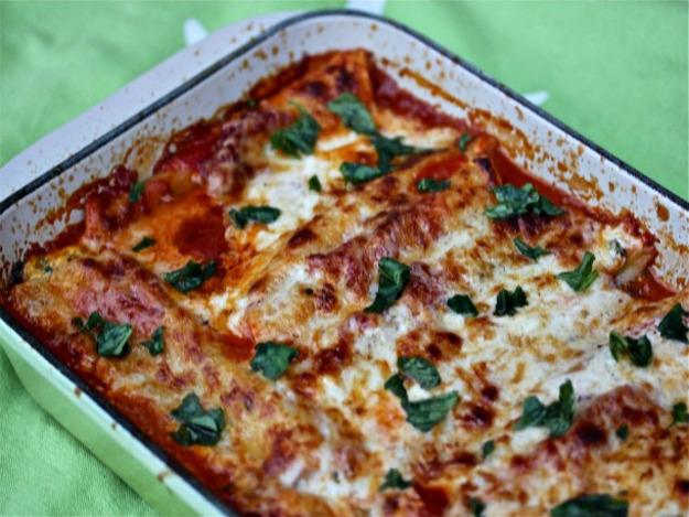 Spinach Cannelloni In Tomato And Crème Fraîche Sauces