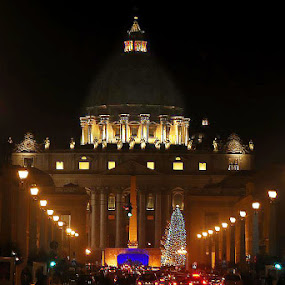 St. Peters, Rome by Sean Markus - City,  Street & Park  Historic Districts ( rome, vatican, st. peters, italy, night shot )