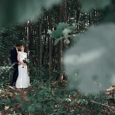 Wedding photographer Roman Gorelov (hellsmile). Photo of 07.11.2018
