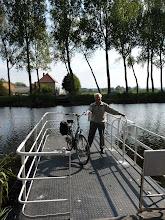 Photo: Le bac du canal de Damme