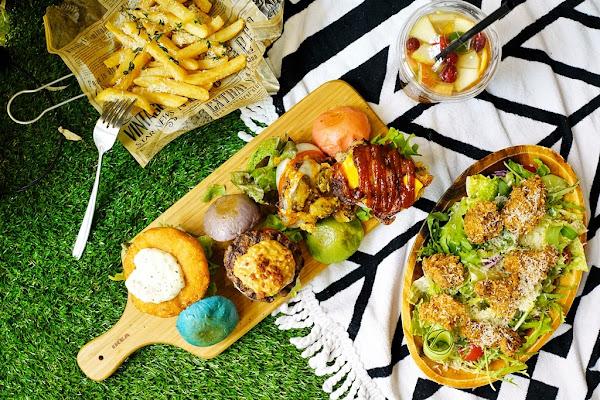 TABLE JOE 喬桌子廚房(遠百店)。期間限定野餐佈置+繽紛野餐組超好拍!
