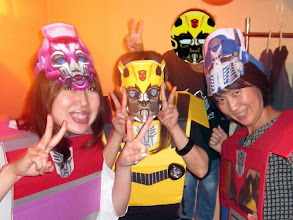 Photo: Arcee (Toshika), Bumblebee (Hotsumi), the Boy & Optimus Prime (Mi-chan) at Ola Tacos Bar, in Shinsaibashi, Osaka  Taken at Ola Tacos Bar (http://homepage2.nifty.com/olatacos/) Taken by Be & Me (http://www2.gol.com/users/be-n-me/)