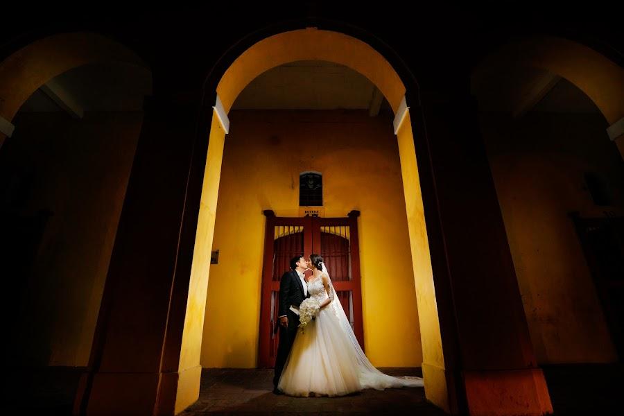 Wedding photographer Christian Cardona (christiancardona). Photo of 29.04.2019