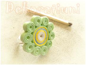 Photo: Inel floare verde deschis tehnica quilling, lacuit Preţ: 15 lei Nu mai este în stoc