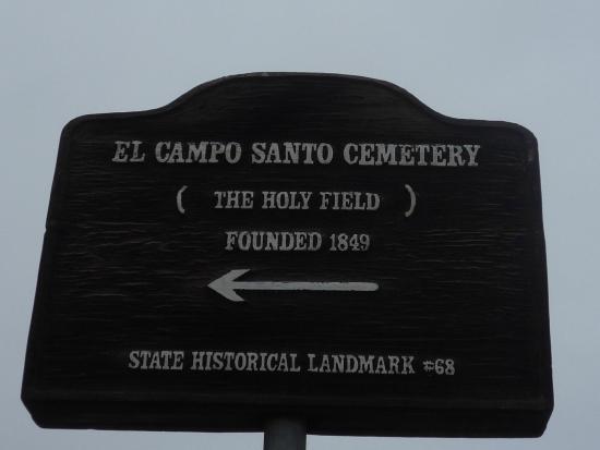 el-campo-santo-cemetery.jpeg