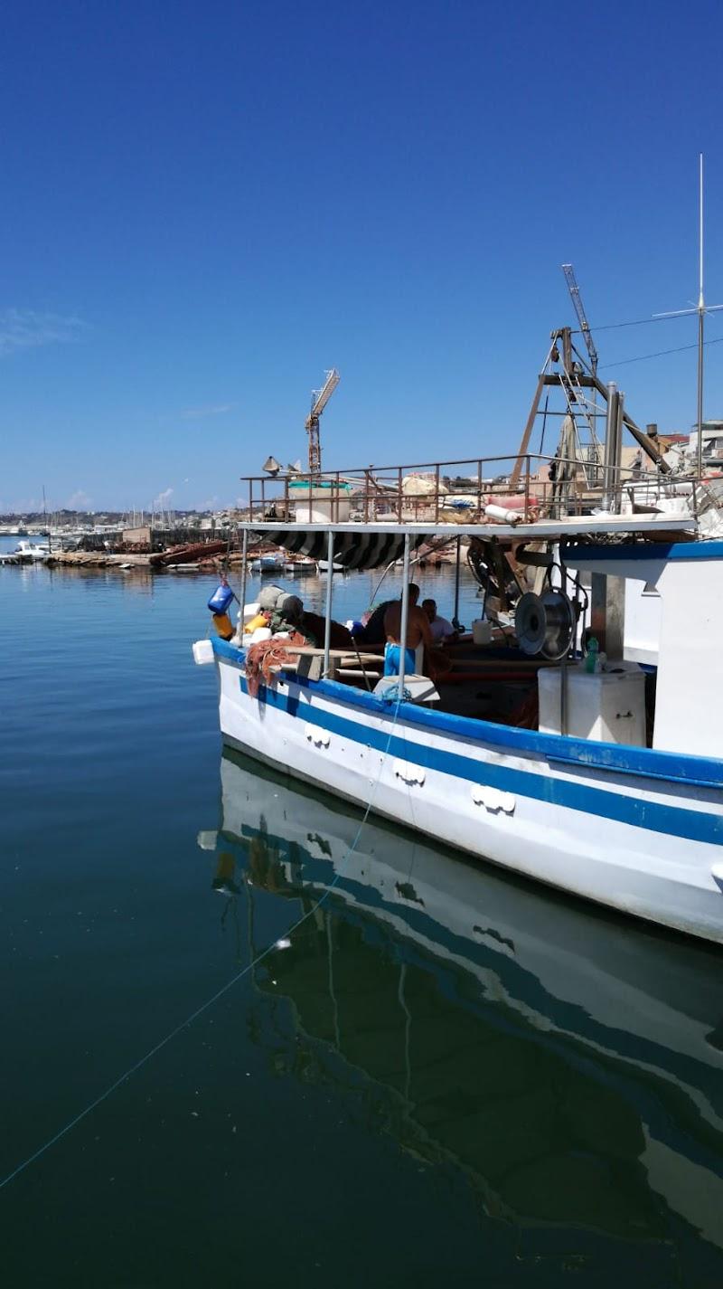 Barca in legno di Matilde25