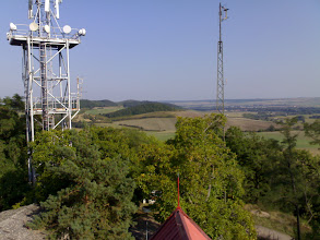 Photo: Na stožáru vpravo je TV vykrývač televize NOVA (K6, H, 30W ERP).