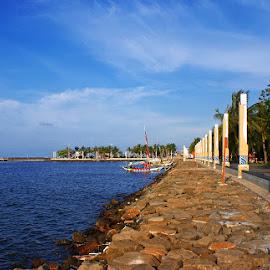 Ancol Beach by Mulawardi Sutanto - City,  Street & Park  City Parks ( mantap, bagus, beach, ancol, travel, jakarta )