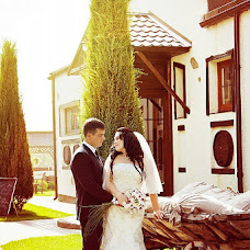 Wedding photographer Veronika Romanovskaya (vero44). Photo of 13.04.2013