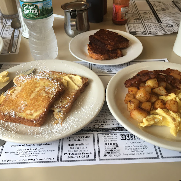 Best GF French toast I have ever had!  And grilled GF Portuguese Sweet Bread.  Everything was delicious!