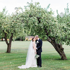 Wedding photographer Anette Bruzan (bruzan). Photo of 23.10.2018