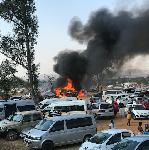 WATCH | Cars damaged as fun-seekers flee fire at Heritage Day celebration in Pretoria