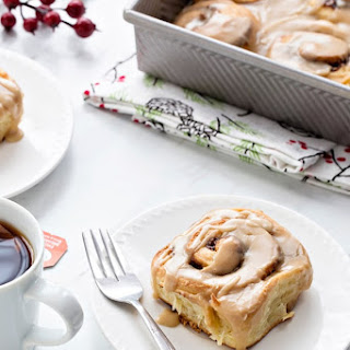 Overnight Toffee Cinnamon Rolls.