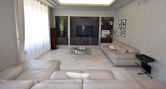 Location appartement meublé 4 pièces 160 m2