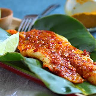 Ikan Panggang/Ikan Bakar (Grilled Fish with Banana Leaves).