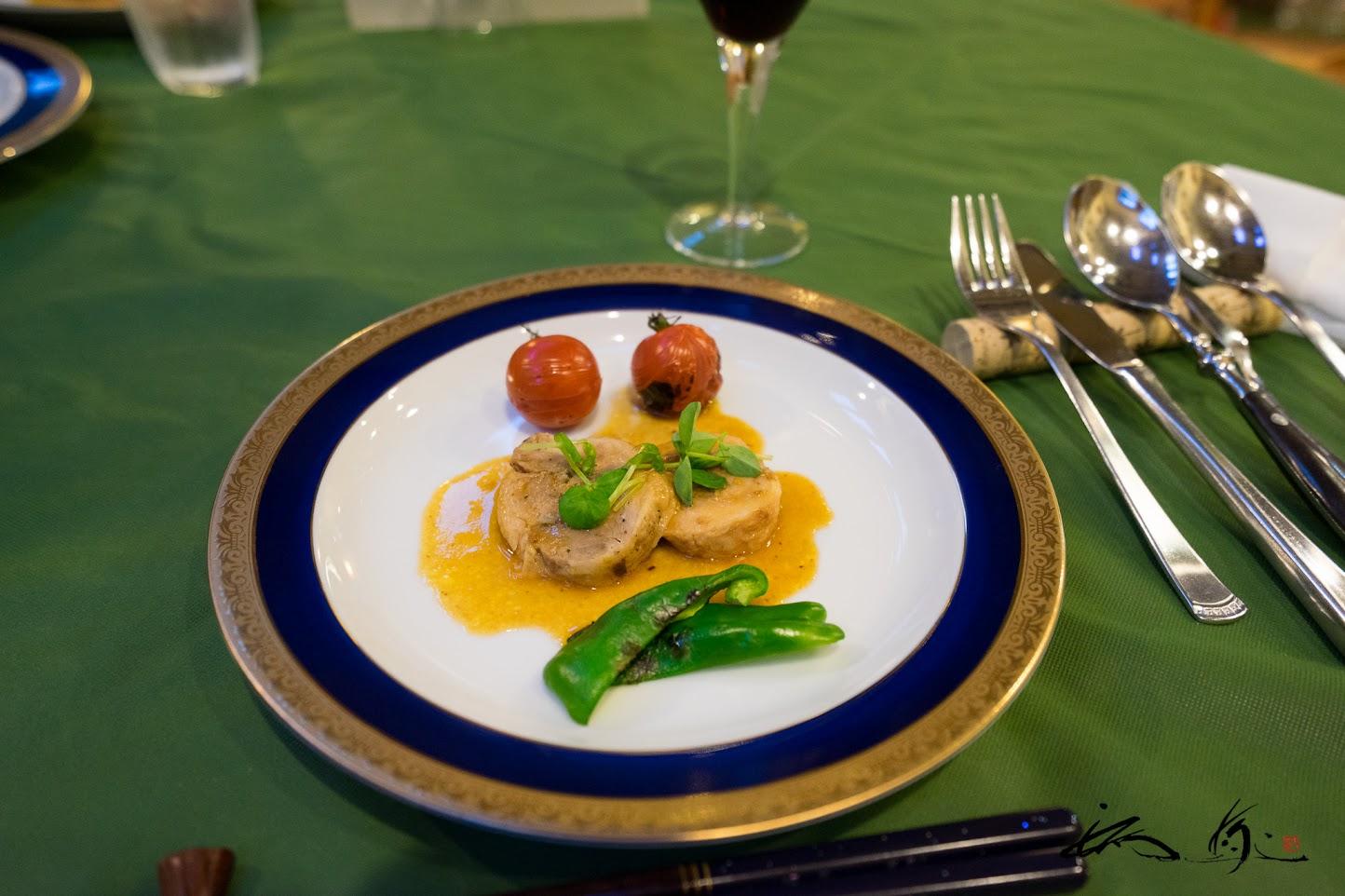 温かい前菜「鶏のジャンボネット」
