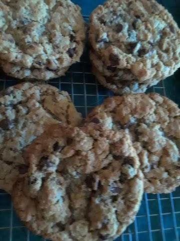 Chocolate Chip, Pb, Banana, Toffee Oatmeal Cookie Recipe