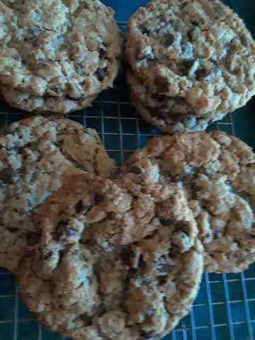 Chocolate Chip, Pb, Banana, Toffee Oatmeal Cookie Recipe