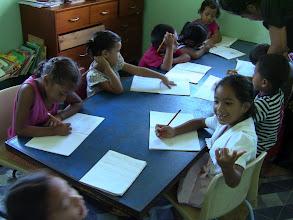 Kuva: Tongan koululaiset  kesä 2012