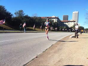 Photo: Kara Goucher just behind
