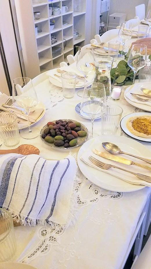 Breaking Breads Dinner Series Pop Up Shabbat