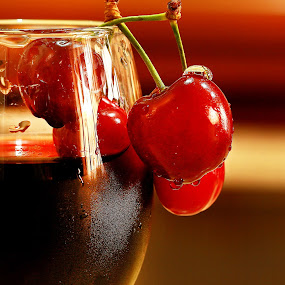 Cherries  by Azher S Saleh - Food & Drink Fruits & Vegetables ( fruit )