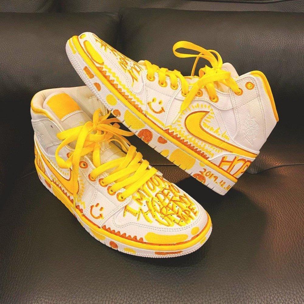 jungkookart_sneakers_1