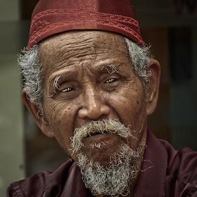 Man of History by Izhar  Hj.Ishak - People Portraits of Men