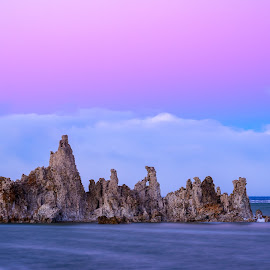 Mono Lake Sunset by Evver Gonzalez - Landscapes Sunsets & Sunrises ( landscape photography, mountains, mammoth lakes, eastern sierra, tufa, clouds, lee vining, yosemite, sunset, sierra nevada, south tufa, california, lake, mono lake )