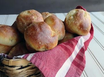 Grandma Statom's Yeast Rolls Recipe