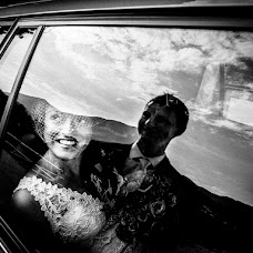 Wedding photographer Vittore Buzzi (buzzi). Photo of 27.11.2014
