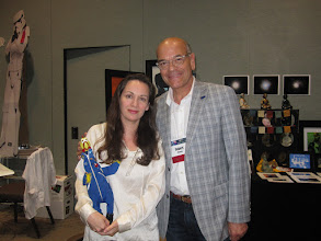 Photo: With Robert Picardo of Star Trek: Voyager ... he seemed a little bit scared of Camilla Corona -- which is weird, considering all the aliens he worked with ;)
