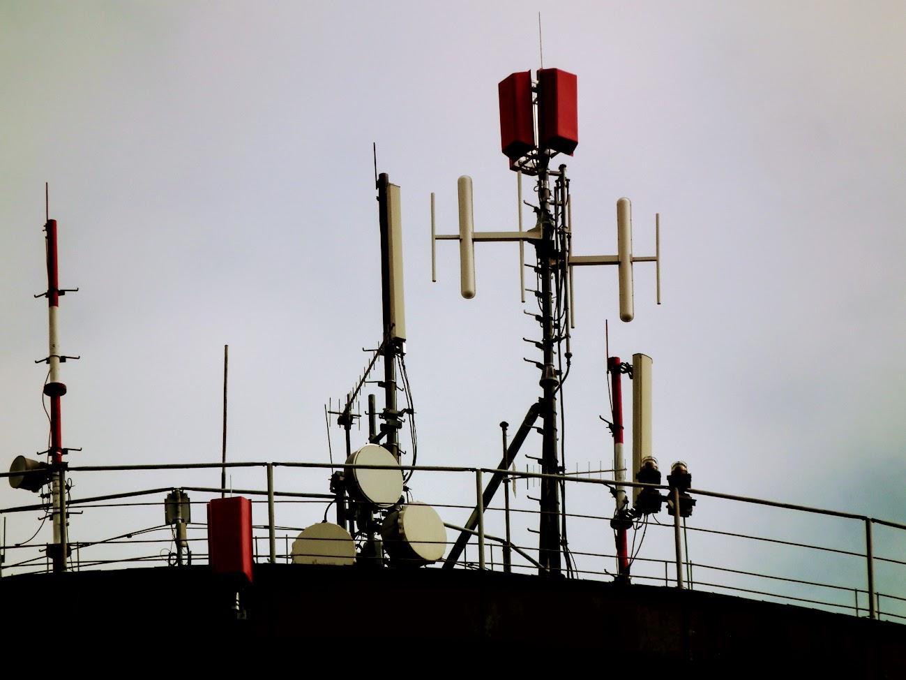 Dunaújváros/víztorony, Martinovics utca - DVB-T gapfiller